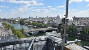 Boxe TimeLapse Go' sur le toit du Louvre de Profil