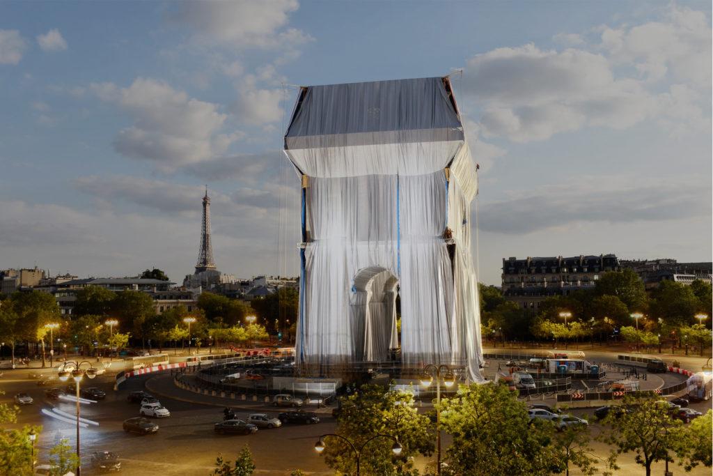 Emballage de l'Arc de Triomphe (Vue de Profil)